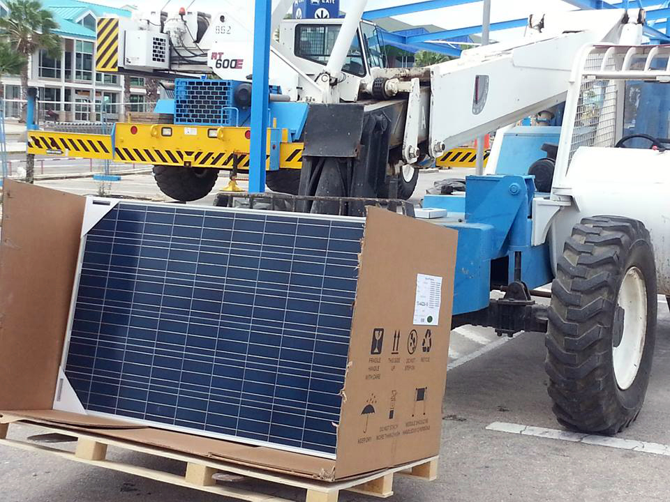 first solar panels installed at solar park airport free zone aruba. Black Bedroom Furniture Sets. Home Design Ideas